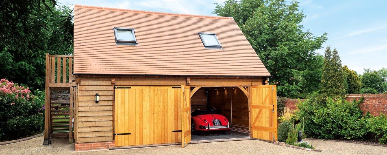 Two storey oak framed garage with accommodation