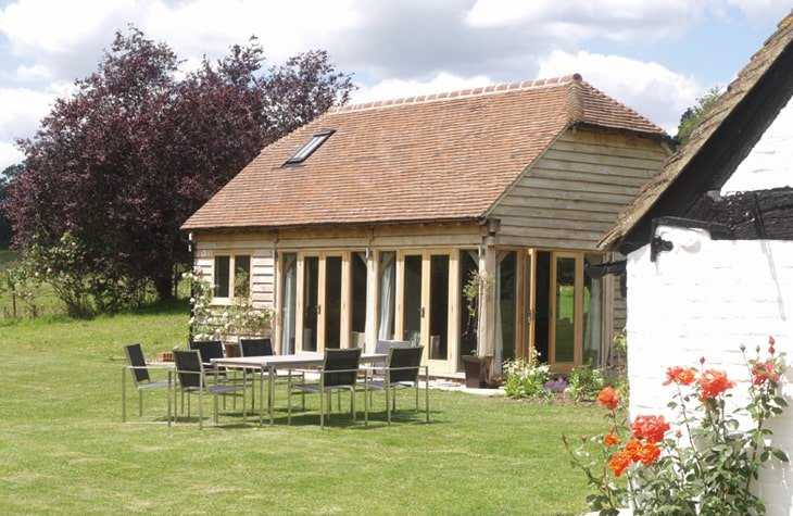 Oak framed annexe in period property grounds