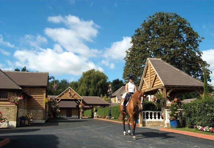 Oak framed stable complex