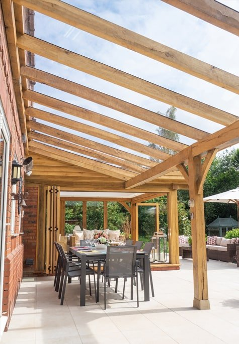 Oak framed entertaining shelter