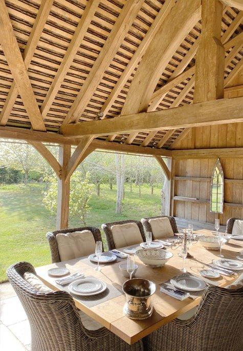 Oak framed entertaining space